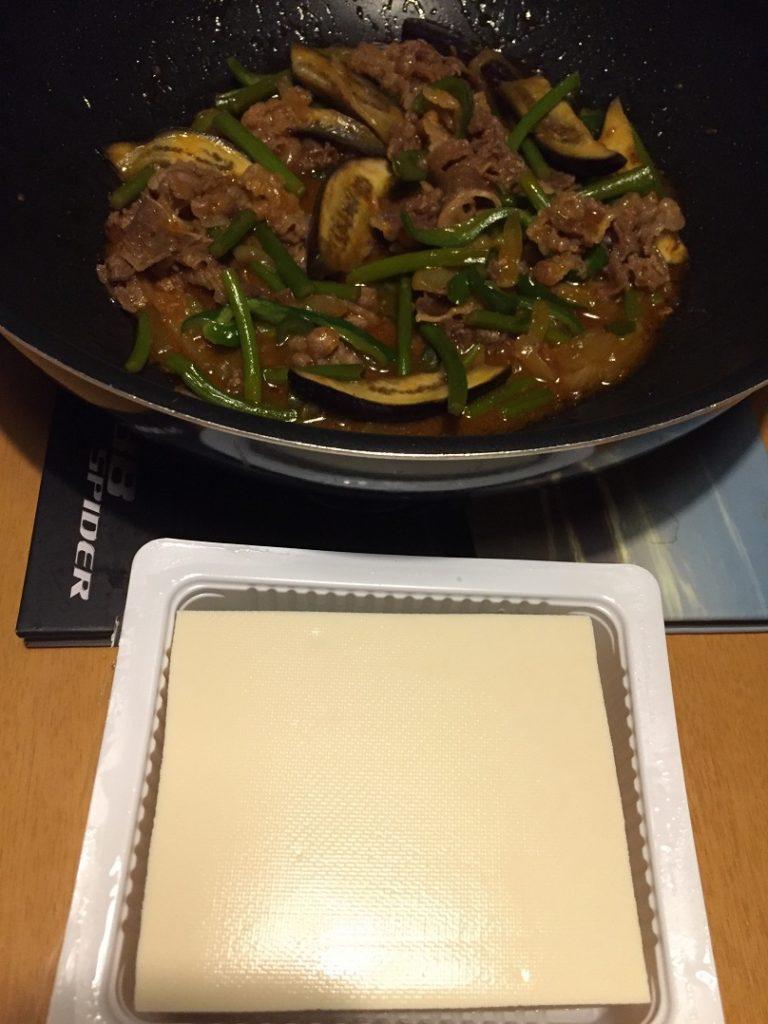 牛バラ焼肉(今日の豆腐)